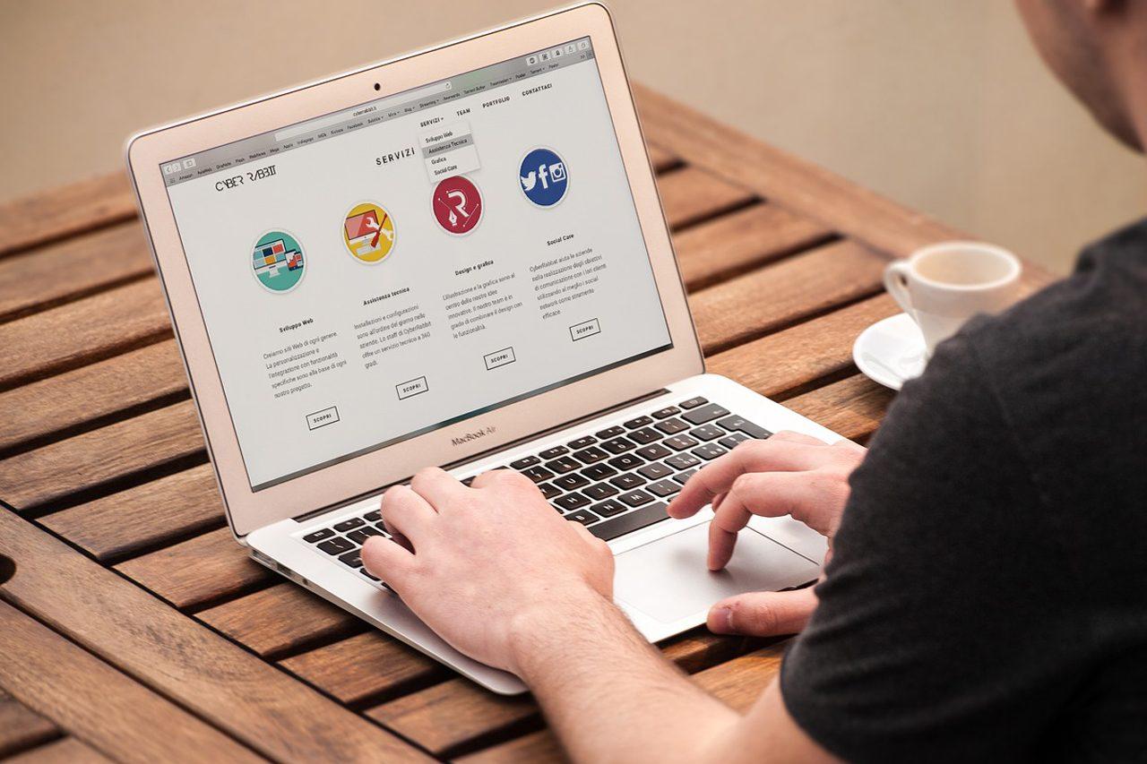 Weblap üzemeltetés